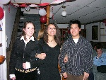 18th Birthday-026-20050429-Helene&Nina&Chris-01.jpg