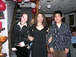 18th Birthday-027-20050429-Helene&Nina&Chris-02.jpg